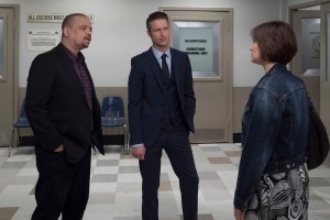 """LAW & ORDER: SPECIAL VICTIMS UNIT -- """"Devil's Dissections"""" Episode 17002 -- Pictured: (l-r) Ice-T as Detective Odafin """"Fin"""" Tutuola, Peter Scanavino as Dominick """"Sonny"""" Carisi -- (Photo by: Michael Parmelee/NBC)"""