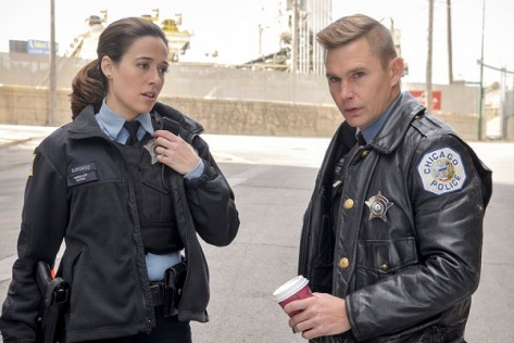 "CHICAGO P.D. -- ""Forget My Name"" Episode 308 -- Pictured: (l-r) Marina Squerciati as Kim Burgess, Brian Geraghty as Sean Roman -- (Photo by: Matt Dinerstein/NBC)"