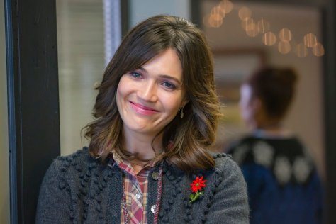 "THIS IS US -- ""Last Christmas"" Episode 110 -- Pictured: Mandy Moore as Rebecca -- (Photo by: Ron Batzdorff/NBC)"